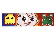 GameBoy. Mosaico Plástico. 15x35cm. 2001. Galeria do Defa.