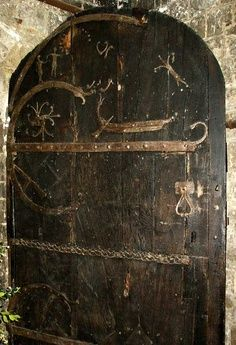 ~*This Door Is 909 Years Old * Built By The Hand Of Viking Craftsman In 1100 AD *~