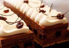 Prajitură cu mousse de ciocolată și vișine – Arta Alba