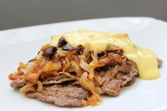 Philly Cheesesteak (with Optional Primal Cheddar Cheese Sauce)