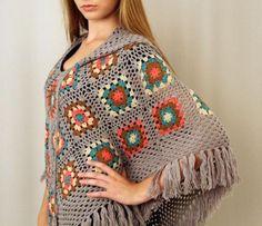poncho colorido crochê quadrados