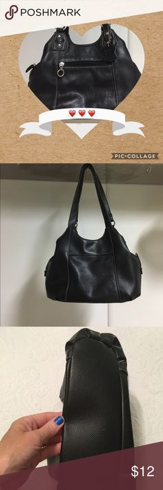 Genuine Leather Purse Small but roomy! A busy boss, mom and Posh lady needs a great purse on the go. This one has 7 compartments total. No tears, stains or fraying.Soft, supple leather. Bags Mini Bags
