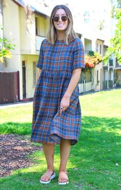 http://tessuti.blogspot.com/2015/10/pinterest-inspired-ottavio-crinkle-dress.html