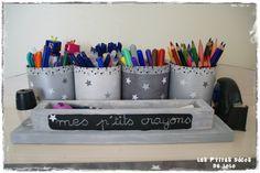 DIY DECO pour la chambre d'une pr� ado : pot � crayons �toil� Hamster Treats, Cat Treats, Crayon Days, Ikea Malm, Pots, Dog Snacks, Diy Home Decor, Diy Crafts, Painting