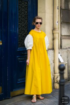 Vika Gazinskaya by STYLEDUMONDE Street Style Fashion Photography0E2A1150