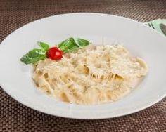 Ravioles de moules : http://www.cuisineaz.com/recettes/ravioles-de-moules-89110.aspx