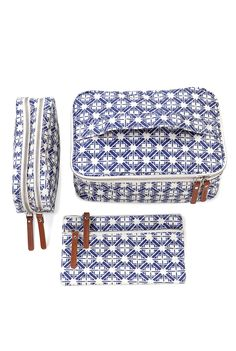 Hmmm, matching bag set would be alot of sewing. I would be a pro with zippers and cording