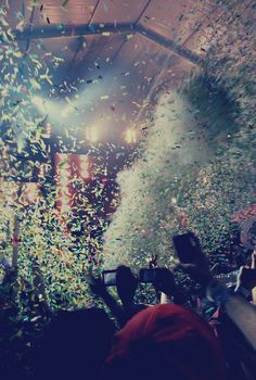 You are the piece of me, I wish I didn't need #edm #confetti #lights