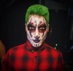 Make up Halloween joker, clown, green hair