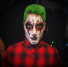Make up Halloween joker, clown, green hair