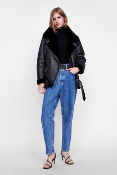 20940e45302 I NEED THIS Zara jacket in my life.