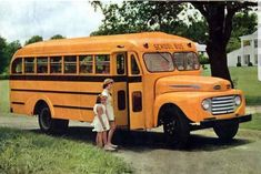 Old School Bus, School Buses, School Days, Nice Bus, Retro Bus, Rv Insurance, Short Bus, Volkswagen Bus, Volkswagen Beetles