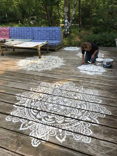 Holy mandala stencil - an easy do it yourself fun project to decorate your house with. Put your own special signature on your place simply by using your favorite mandala stencil! Large Wall Stencil, Stencil Table, Stenciled Floor, Floor Stencil, Porch Flooring, Mandala Stencils, Outdoor Living, Outdoor Decor, Painted Floors