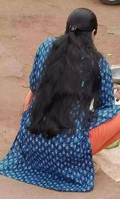 Beautiful Girl Indian, Beautiful Girl Image, Beautiful Long Hair, Open Hairstyles, Indian Hairstyles, Long Silky Hair, Curly Hair Styles, Natural Hair Styles, Long Indian Hair
