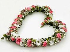 Ett hjärta av blommor, rosa kvistrosor, santini, astrantia http://holmsundsblommor.blogspot.se/2014/06/ett-hjarta-av-blommor.html