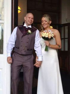 Alice in wonderland theme wedding #brideandgroom #aliceinwonderland #sweetpeafloristry