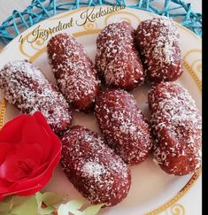 Koeksister recipe by Sumayah posted on 16 Mar 2019 . Recipe has a rating of by 1 members and the recipe belongs in the Miscellaneous recipes category Easy Donut Recipe, Donut Recipes, Easy Cake Recipes, Baking Recipes, Dessert Recipes, Bread Recipes, Cookie Recipes, Koeksister Recipe South Africa, Koeksisters Recipe