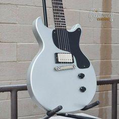 Thunderhorse gibson guitar giveaways