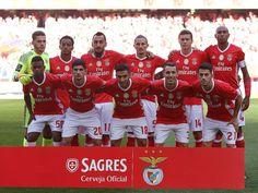 """SL Benfica (2015/16) em destaque na """"These Football Times"""". Ederson, Carrillo, Mitroglou,, Fejsa, Lindelof e Luisão. Nélson Semedo, Gonçalo Guedes. Sálvio, Grimaldo e Pizzi."""