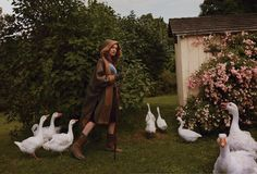 The Fall Classic: Natalia Vodianova by Annie Leibovitz for US Vogue October 2014 [+Photography +Style +Landscape +Farm]