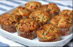 Savory Red Pepper and Ham Muffins. Low Protein Diet, Protein Foods, Savory Muffins, Czech Recipes, What To Cook, Baking Recipes, Breakfast Recipes, Dinner Recipes, Yummy Food