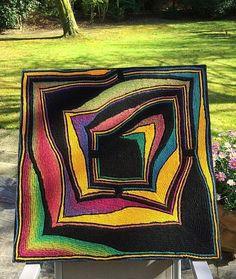 Red Fruit Jelly pattern by Birgit Fitzke – knitting blanket patchwork Manta Crochet, Freeform Crochet, Poncho Knitting Patterns, Crochet Blanket Patterns, Crochet Quilt, Knit Or Crochet, Knitted Afghans, Knitted Blankets, Knitting Projects