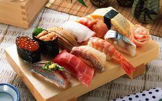 Hämta bilder seafoods, Japansk mat, Japansk restaurang, sushi, rullar, röd kaviar, räkor