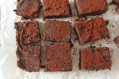 These Avocado Sweet Potato Brownies are simply heavenly. They are extremely moist and sweet, and totally healthy, vegan, gluten-free and refined sugar free. Sugar Free Desserts, Vegan Desserts, Dessert Recipes, Avocado Brownies, Healthy Food Blogs, Healthy Baking, Healthy Sweets, Eat Healthy, Superfood