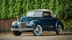 1939 Ford Deluxe Cabriolet 3-Speed, Concours Restoration presented as lot S12 at Monterey, CA 2015 - image1