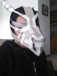 Making of the Cubone Skull mask Cosplay Tutorial, Cosplay Diy, Halloween Cosplay, Halloween Costumes, Cardboard Mask, Cardboard Sculpture, Dragon Costume, Dinosaur Costume, Diy Costumes