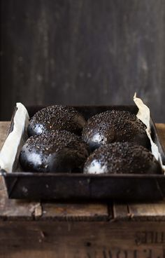 squid ink brioche burger buns