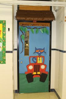 jungle themed bulletin board by ms schramm zoo pinterest decoration creche centre. Black Bedroom Furniture Sets. Home Design Ideas