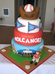 BASEBALL THEME: Baseball cake – field, scoreboard, championship flags and giant glove and ball