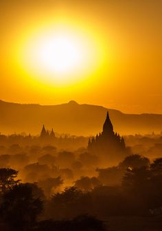 Amazing Places that will Leave you Without Words - Mandalay, Myanmar Mandalay, Bagan, Beautiful World, Beautiful Places, Amazing Places, Places To Travel, Places To See, Places Around The World, Around The Worlds