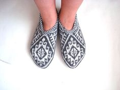 knit slippers white and grey Turkish Knitted by AnatoliaDreams