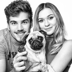 LucyPug,GoGoManTV and Lili♥♥♥ Pug Mops, Men Tv, Pug Life, Moma, Youtubers, Pugs, I Am Awesome, Hair Beauty, Couple Photos