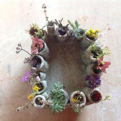 Ceramic Clay, Porcelain Ceramics, Beautiful Table Settings, Flower Frog, Cecile, Bottle Vase, Ceramic Flowers, Bud Vases, Frogs
