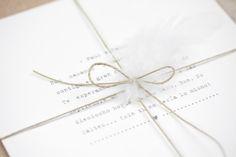 "Invitación de boda ""Pluma"" - PPStudio Bobby Pins, Hair Accessories, Stationary, Weddings, Wedding Stamps, Romantic Weddings, Personalized Wedding, Invitation Design, Wedding Invitations"