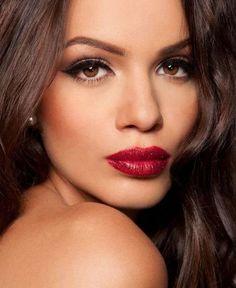 Красивый макияж для карих глаз (фото и видео)