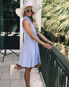 Preppy southern summer style || derby outfit inspo from The Pink Lily Boutique! Instagram: @SheaLeighMills