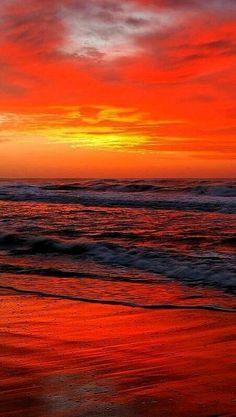 Beautiful sunrise sunset over ocean, orange beach reflection Amazing Sunsets, Amazing Nature, Beautiful Sunrise, Beautiful Beaches, Beautiful World, Beautiful Images, Belle Photo, Pretty Pictures, Beautiful Landscapes