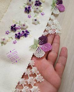 Fotoğraf açıklaması yok. Crochet Hammock, Knit Crochet, Knitted Poncho, Knitted Shawls, Embroidery Stitches, Hand Embroidery, Muslim Prayer Mat, Glitter Photography, Knit Shoes