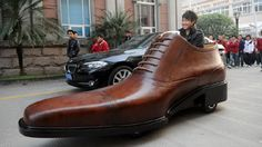 Giant shoe car - an interesting promotional innovation. Remember when people said that China isn't creative? Totally wrong.