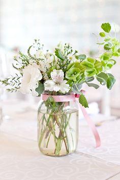 love this simple jar of flowers!