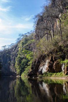sources of Samburá River -Serra da Canastra National Park - BRAZIL