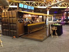 Food & Beverage Container Bar