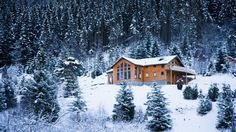 11 Perfect Homes We'd Love to Spend a Snow Day Inside: Straight out of a winter wonderland, these cozy retreats are simply made for flurry watching.