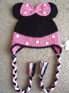 Minnie Mouse Hat.  Sizes Newborn12 Months.  by DarlingBabyCrochet, $15.00