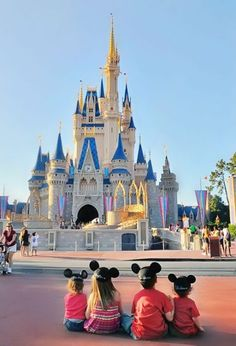 35 Ideas photography ideas for friends girls cousins Disney World Vacation, Disney Vacations, Disney Trips, Disney Parks, Dream Vacations, Disney Dream, Disney Love, Disney Magic, Disney Disney