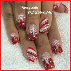 Fingernail Christmas decorations - Nageldesign - Best Nail World Christmas Nail Art Designs, Holiday Nail Art, Christmas Decorations, Xmas Nails, Christmas Nails, Merry Christmas, Autumn Nails, Winter Nails, Gorgeous Nails